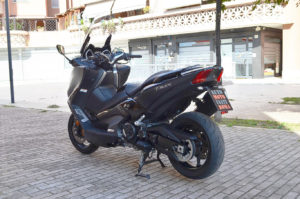 auto-moto-usate-roma-yamaha-t-max-530-dx-abs-2018-dsc_0795