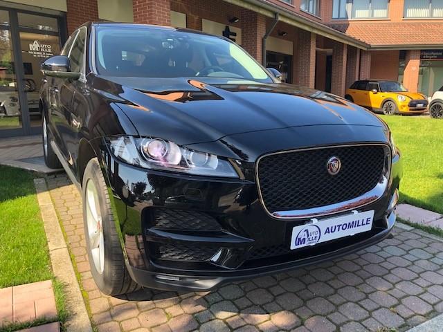 jaguar-f-pace-prestige-nero-1