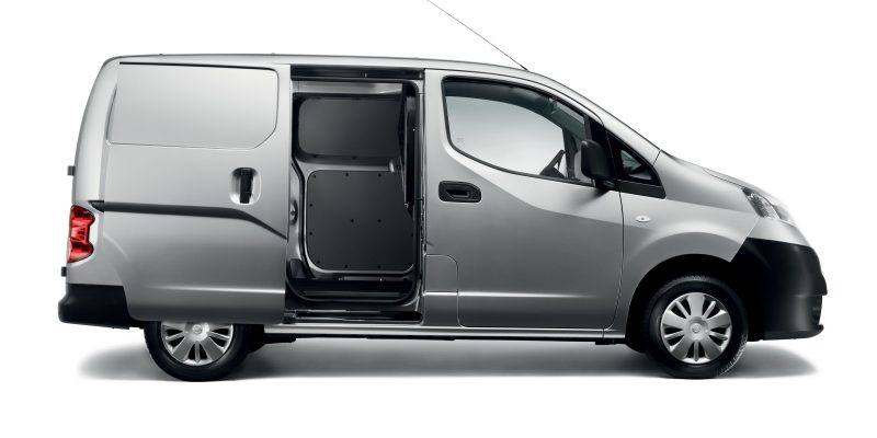 nv200-van-design-designed-for-maximum-loadability-lhd-jpg-ximg-l_8_m-smart